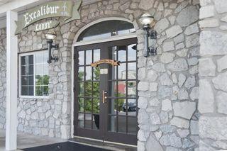 Front Door w_New lamps